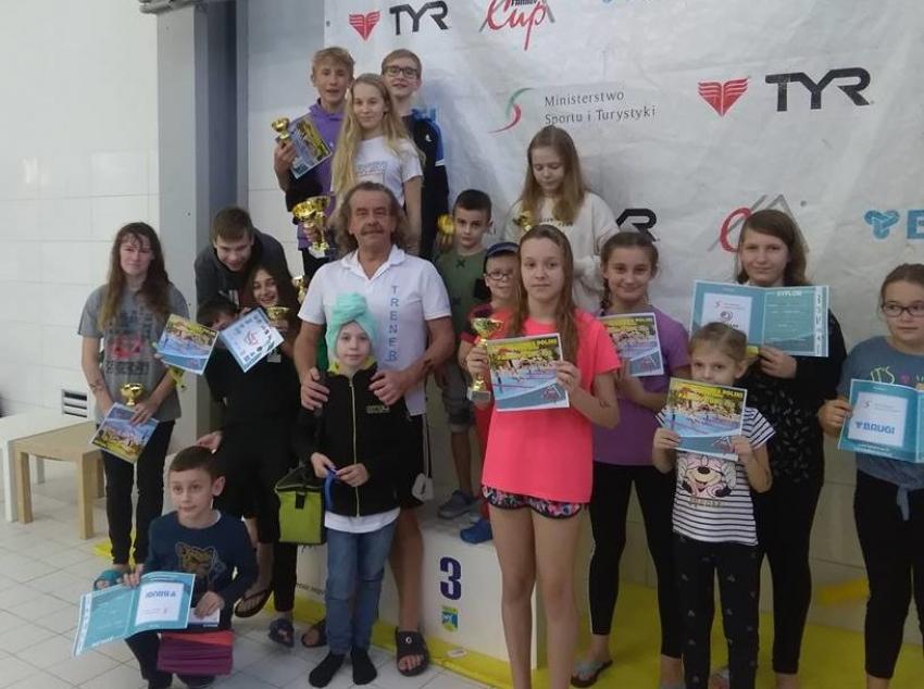 Reprezentanci Żuław i Mierzei na XII Amatorskie Mistrzostwa Polski w Pływaniu Family Cup 2018.