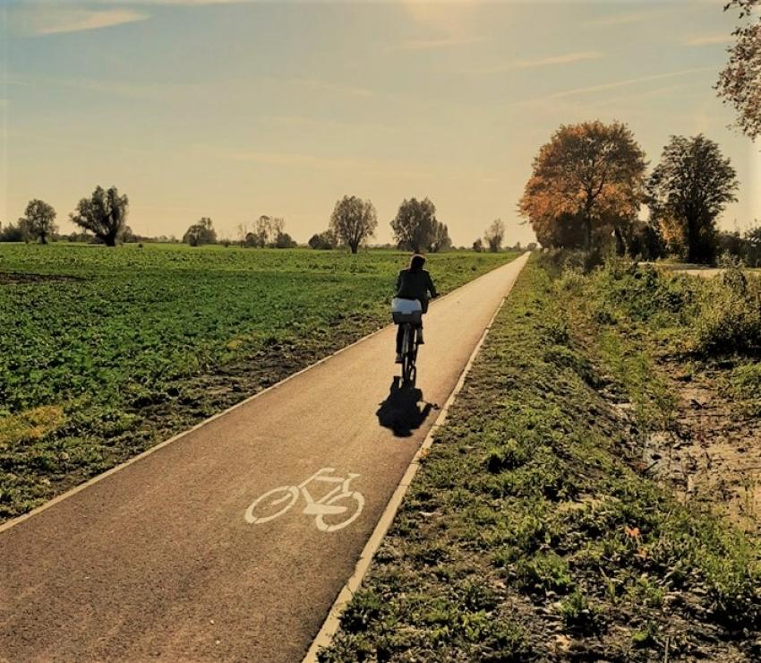 Pierwsza ścieżka rowerowa w Gminie Ostaszewo już gotowa.