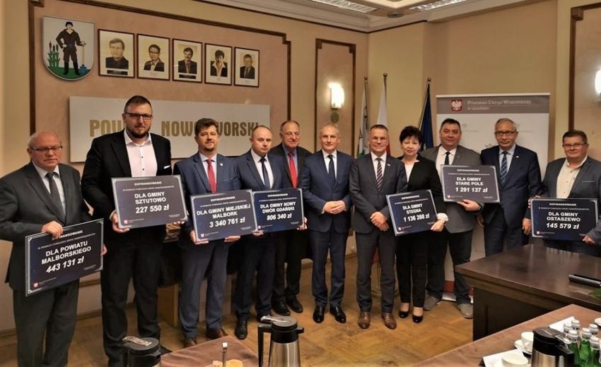 Powiat Nowodworski. Dofinansowanie dla gmin z Fuduszu Dróg Samorządowych.