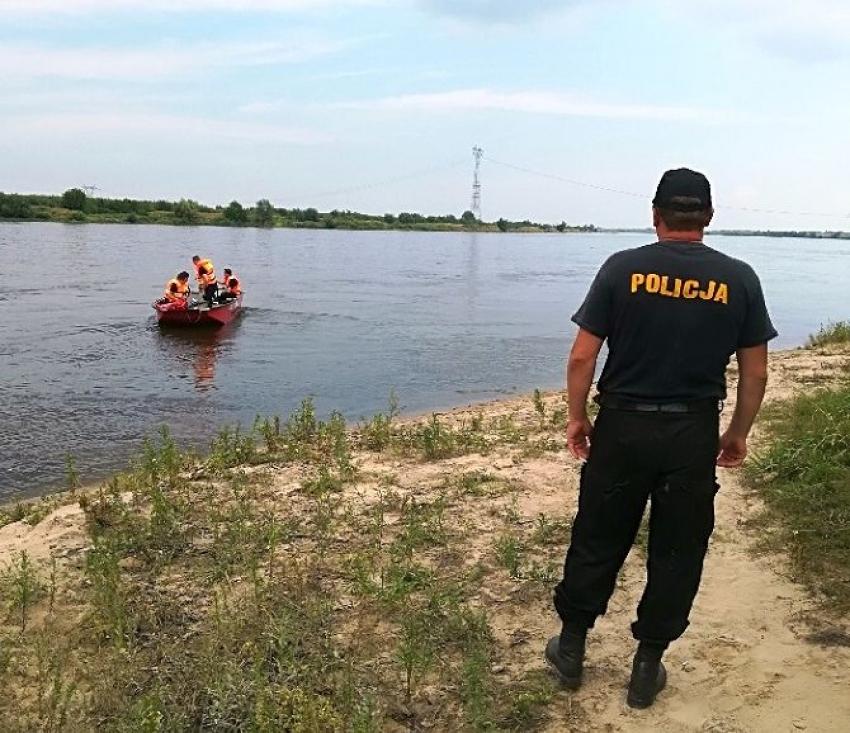 Nowy Dwór Gdański. Przypominamy o bezpieczeństwie nad wodą. Utonął 74-letni mężczyzna.
