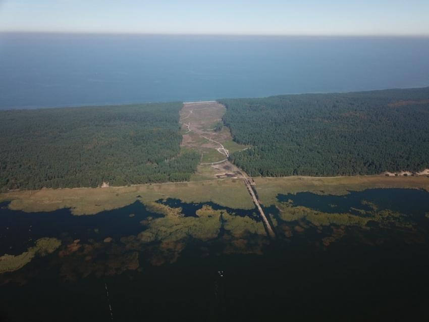 Podpisanie umowy na budowę przekopu przez Mierzeję 4 października w Elblągu.