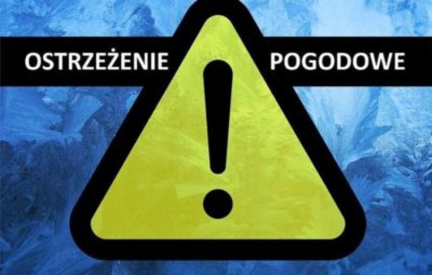 Uwaga na gęste mgły. IMGW wydał ostrzeżenia.