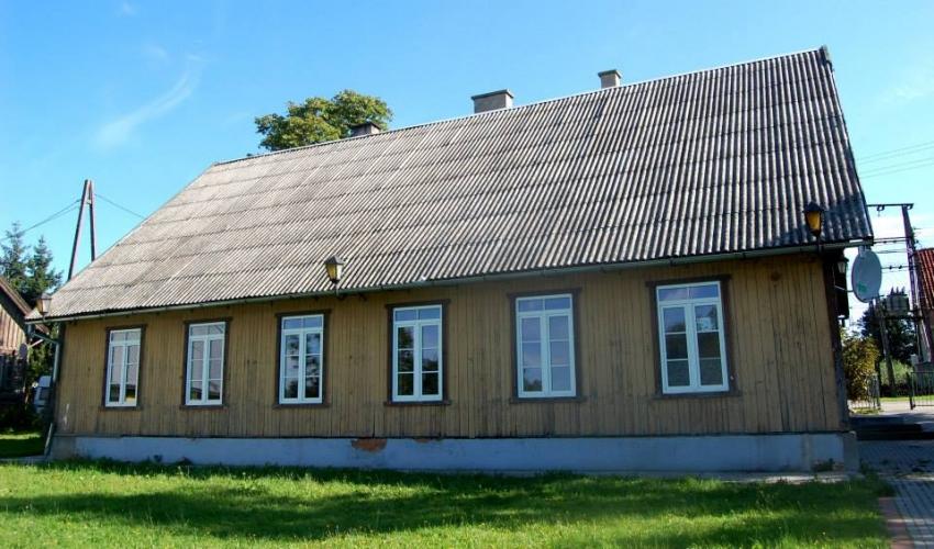 Oferty na remont komina w budynku świetlicy wiejskiej w miejscowości Tujsk