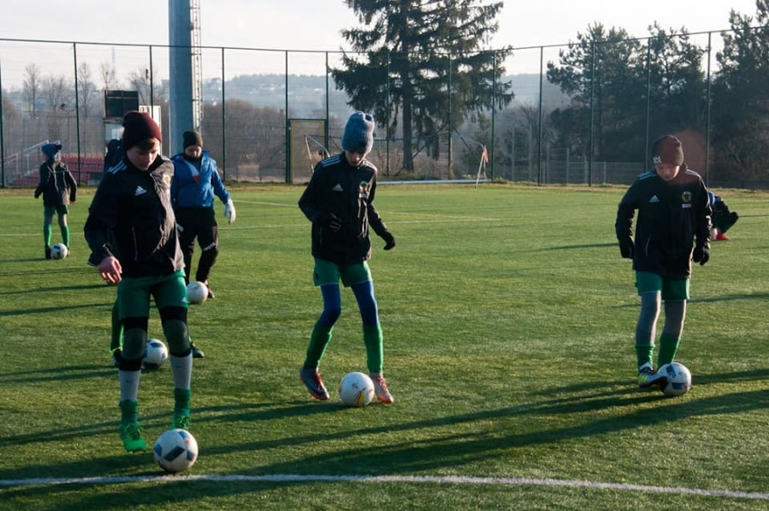 Juniorzy LKS Żuławy przygotowują się do wiosennych rozgrywek.