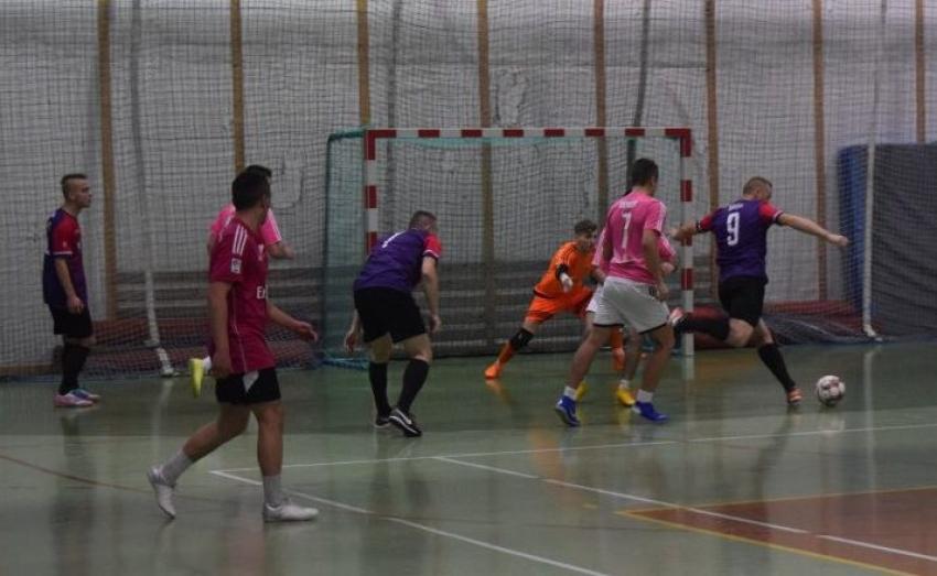 Żuławska Halowa Liga Piłki Nożnej. II kolejka. Nowy Dwór Gdański