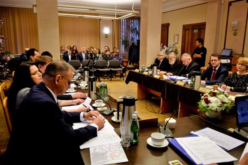 Budżet powiatu nowodworskiego na 2020 rok przyjęty.