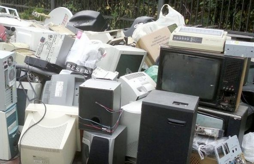 Zbiórka odpadów wielkogabarytowych oraz zużytego sprzętu elektrycznego i elektronicznego 15-16.04.2019 r.