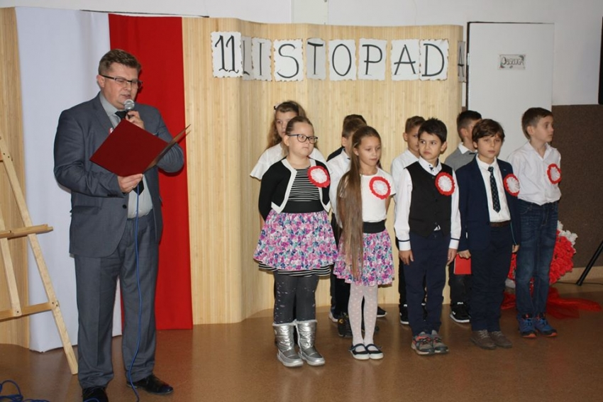 11 listopada, w Ostaszewie obchodzono 101. rocznicę odzyskania niepodległości przez Polskę.