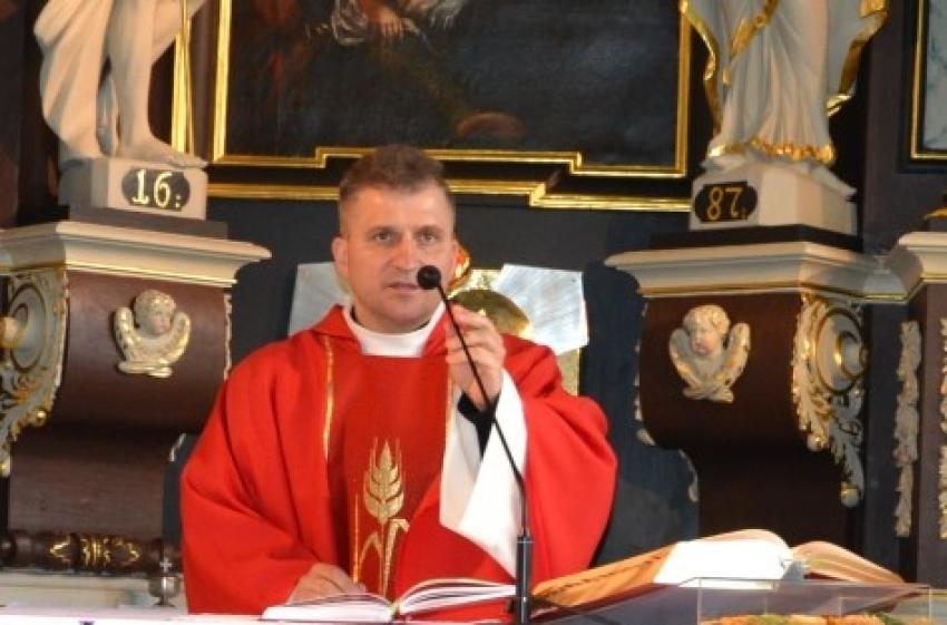 Proboszcz parafii w Stegnie do wiernych o zmianie życia przez epidemię.